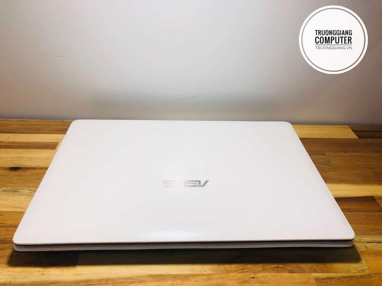 Laptop Asus K43E màu trắng