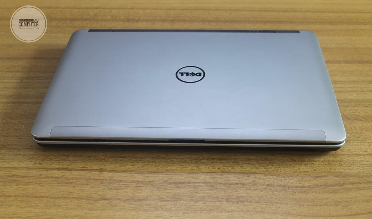 mặt trên Dell Latitude E6540
