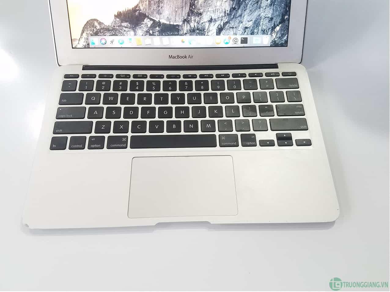 Bàn phím Macbook Air Mid 2011